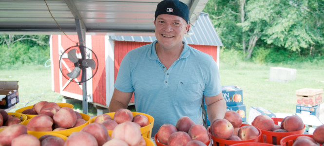 Sound business practices move Georgia peach retailer from