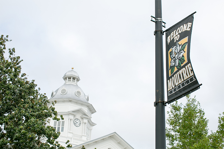 Light pole banner for the city of Moultrie