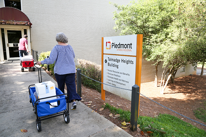 Food from UGA Campus Kitchen is delivered to Piedmont Athens Regional Medical Center for their staff